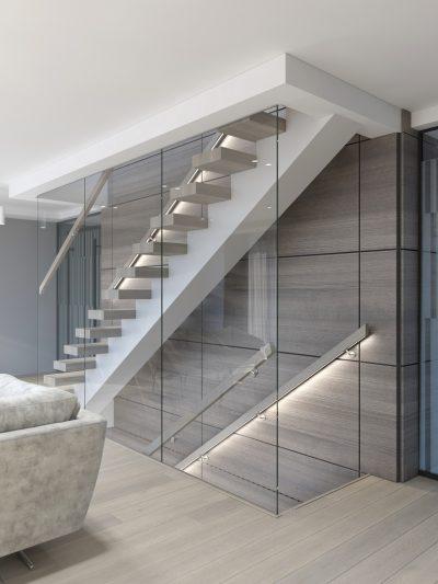 Modern trapp med glassvegg. Xtrapp modell X08